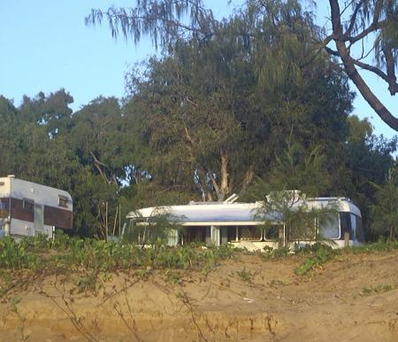 our-campsite-at-carmilla1