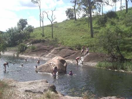 wintermoon-2006-sthelens-creek-swimming-hole