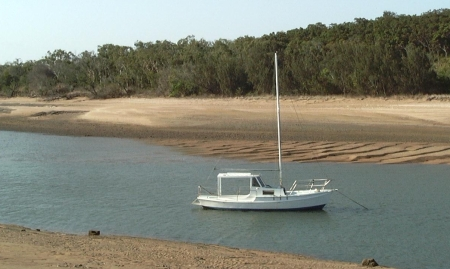 Low tide on Louisa Creek.