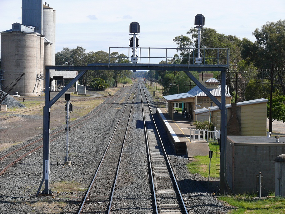 Culcairn Australia  city pictures gallery : Culcairn Rail Line with wheat silo's. Enlarge the photo twice. Note ...