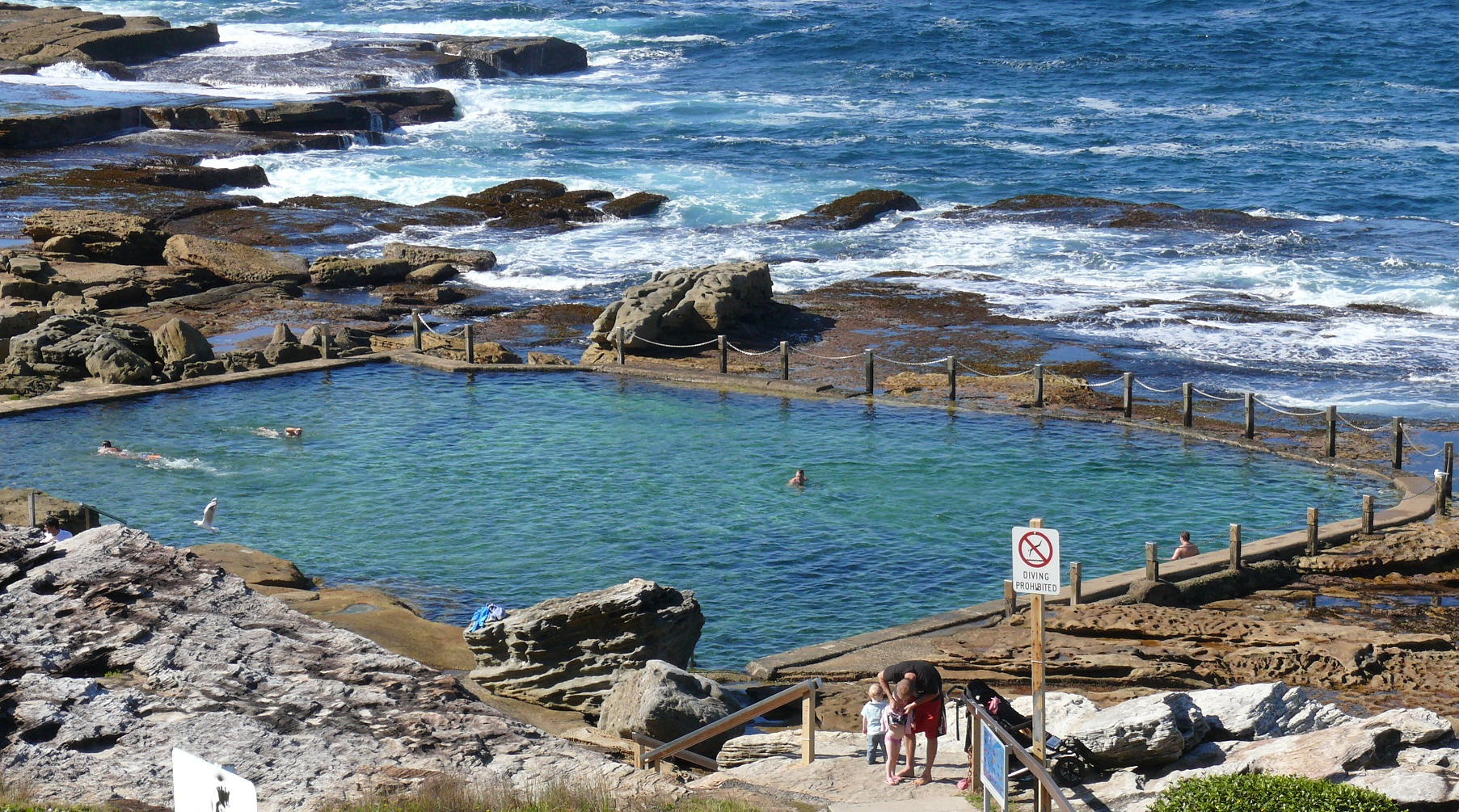 Mahon pool frank donnis travel blog the more we see for Pool show sydney