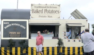 In November 2010 while at Redcliffe the finishing touches to this potato van was being put in place. The owner offered me work to follow the van from town to town preparing potatoes and other veggies and selling the famous baked potato. Hmmm! Wonder if the offer is still open.