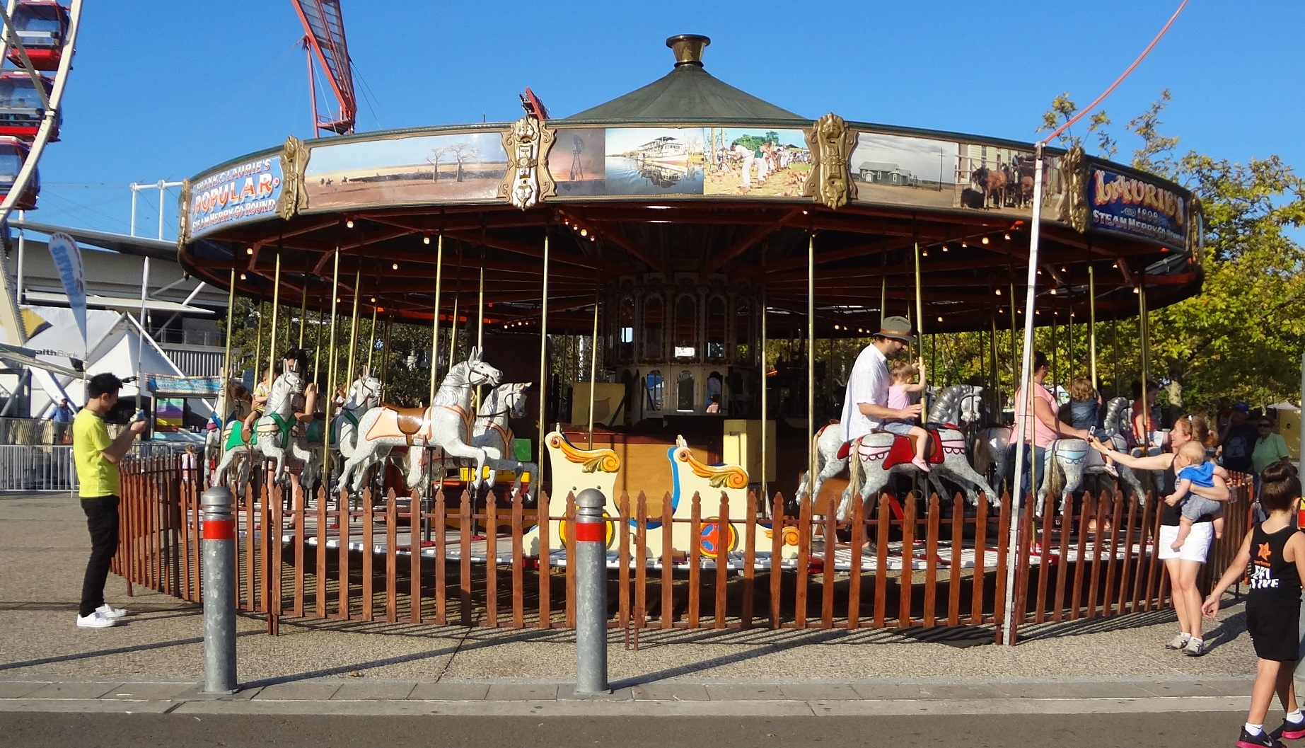 how to get to the easter show