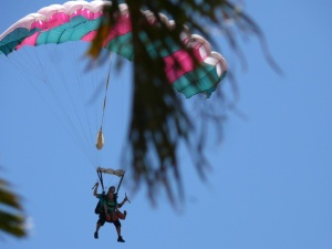 Sky Diver getting closer