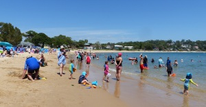 Family safe and friebdly Bundeena Beach.