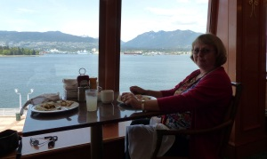 Lunch at a window seat on the NORWEGIAN PEARL.