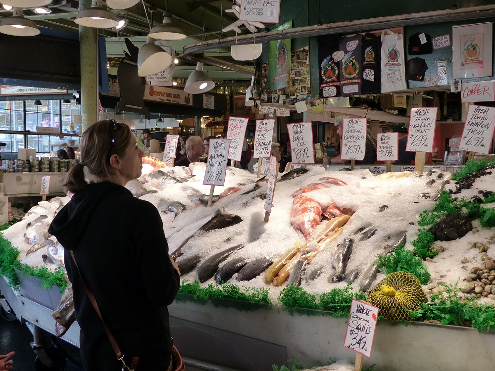 Paved seattle streets frank donnis travel blog the for Franks fish market