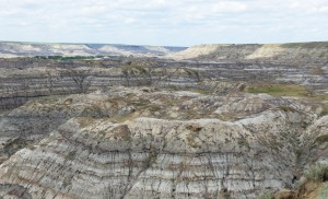 Badlands seen from the lookout at Horse Thief Canyon