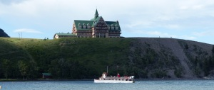 "The cruise vessel ""INTERNATIONAL"" with Prince of Wales Hotel."