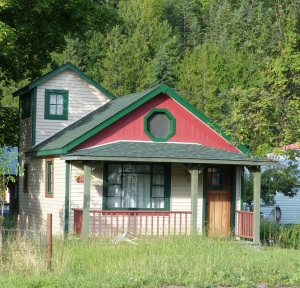 Quaint house at Kaslo.