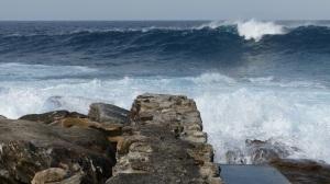Waves rolling onto rocks at Maroubra.
