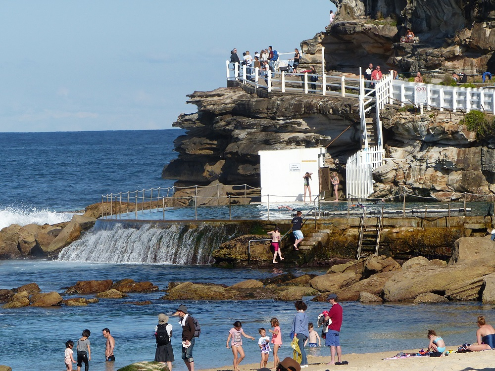 Bronte Ocean Pool Frank Amp Donnis Travel Blog Quot The More