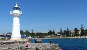 Entrance to Wollongong Harbour secondary lighthouse.