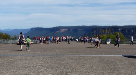 Echo Point is the location at Katoomba where all the tourists buses and other visitors spill their passengers to gawk and go OOOh when they see this spectacular view of valleys and steep sandstone cliffs.