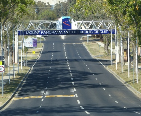 Entrance to the Mt Panorama Race Circuit.